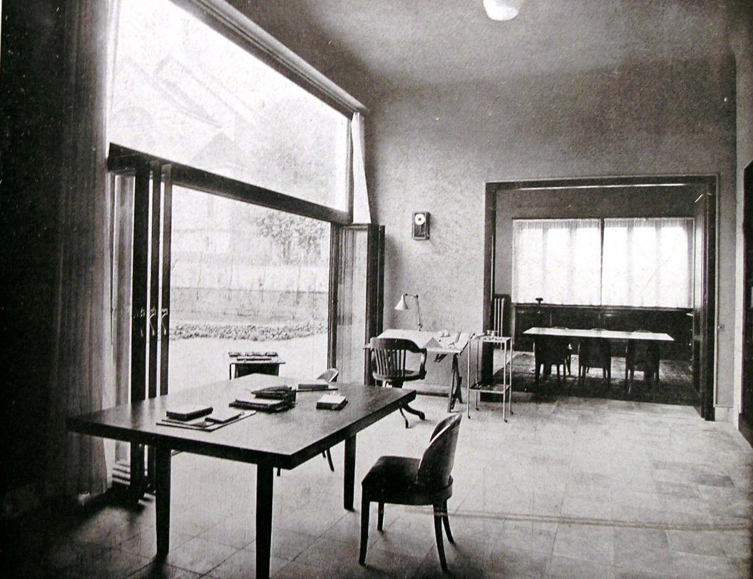 Interno moderno centro studi giorgio muratore for Interno moderno