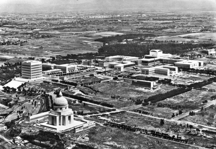 Quartier de l'EUR à Rome dans les années 50 ?