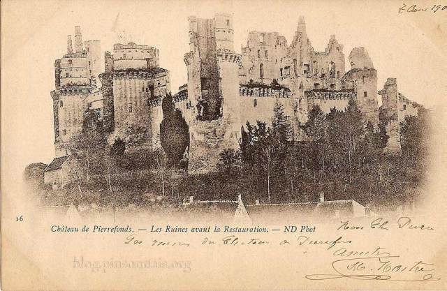 Pierrefonds---le-chateau-av