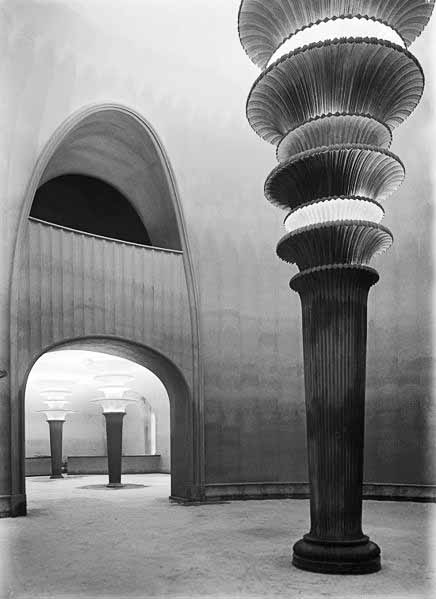 436px-Berlin_Grosses_Schauspielhaus_Poelzig_Foyer