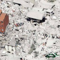 http://ilmanifesto.info/terremoto-devastante-nel-c…
