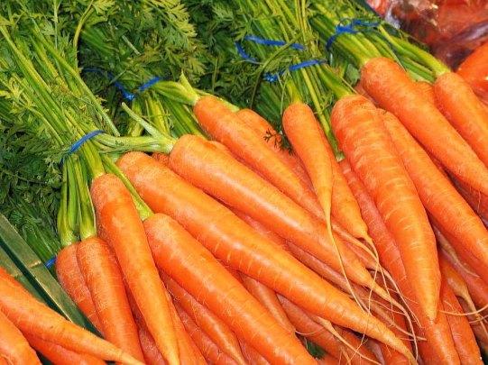 carrots-1160683_960_720.jpg