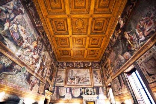 Palazzo-Sacchetti-Roma-02-665x443.jpg