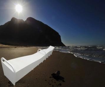 pino-pasquali-la-gamba-di-polifemo-sulla-spiaggia-di-sabaudia-e280a6.jpg